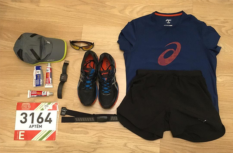 Prepare your kit the night before - our #2 half marathon race day tips