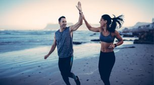 How To Run on The Beach – 6 Expert Running Tips